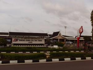 bandara-sultan-thaha